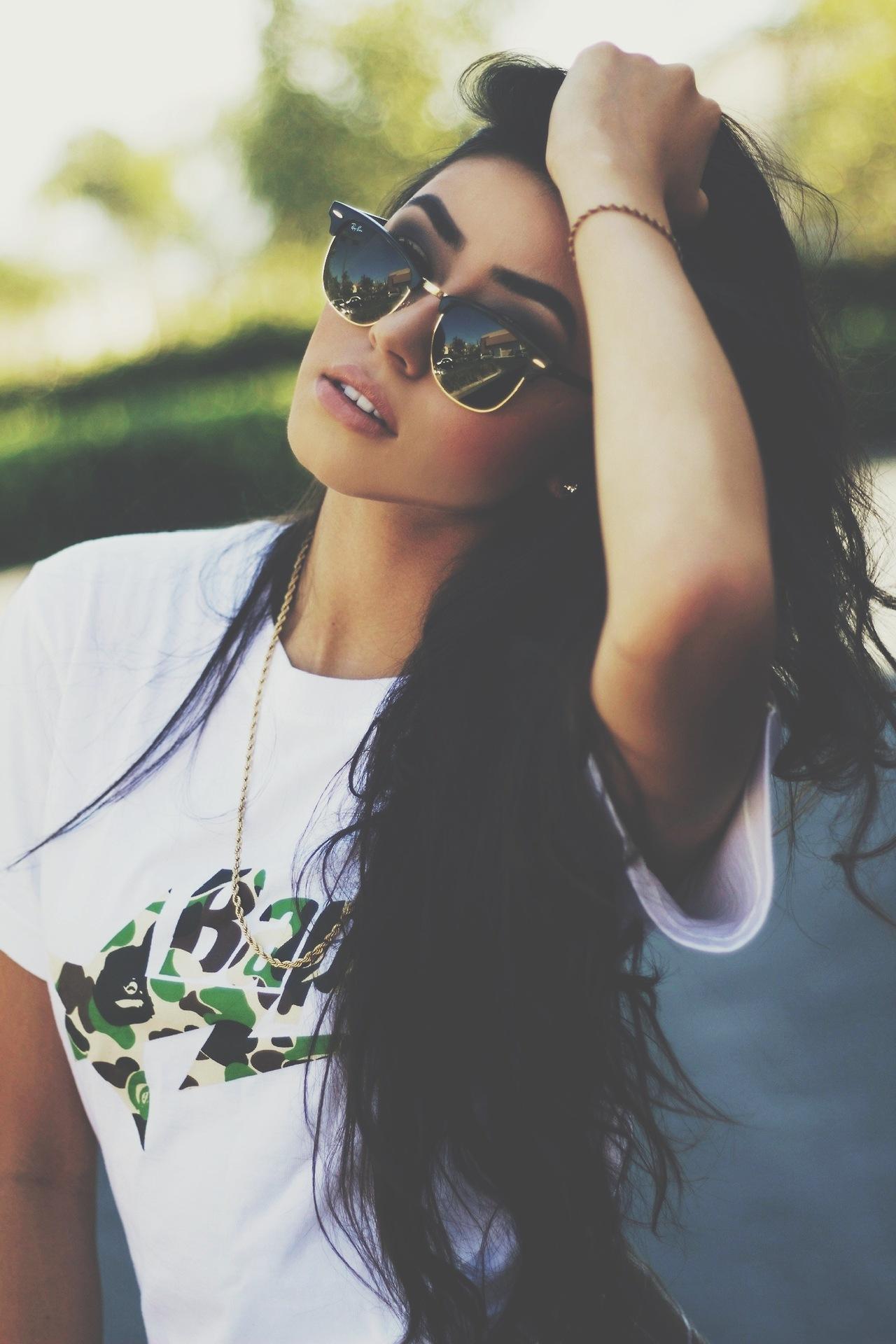 Красивые девушки на аву в вк 18 лет брюнетки на аву в
